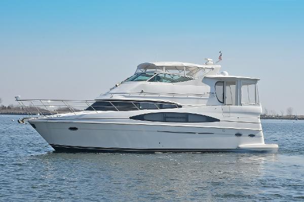 Carver 466 Motor Yacht Port Side