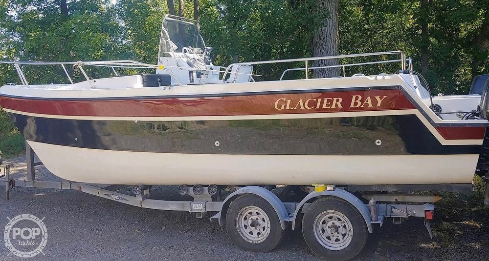 Glacier Bay 2260 CC 1998 Glacier Bay 22 for sale in Acushnet, MA