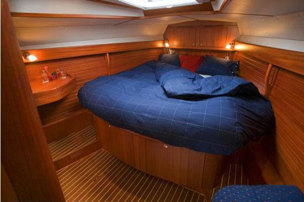 Arcona 460 Cabin