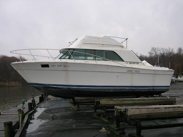 Silverton 31 Flybridge Convertable