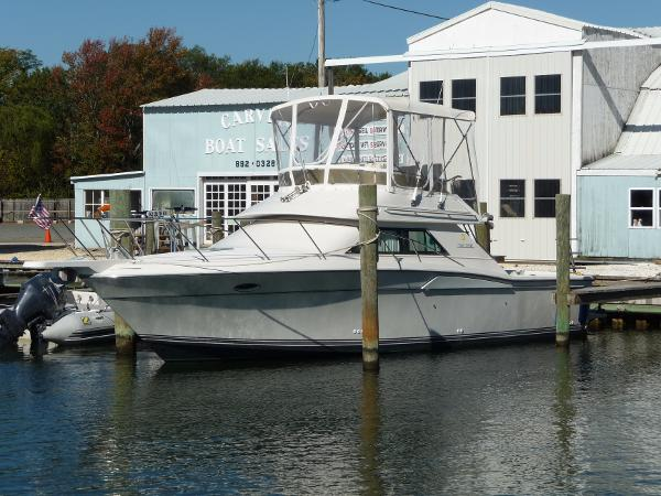 Wellcraft 3300 Sport Bridge Coastal Main