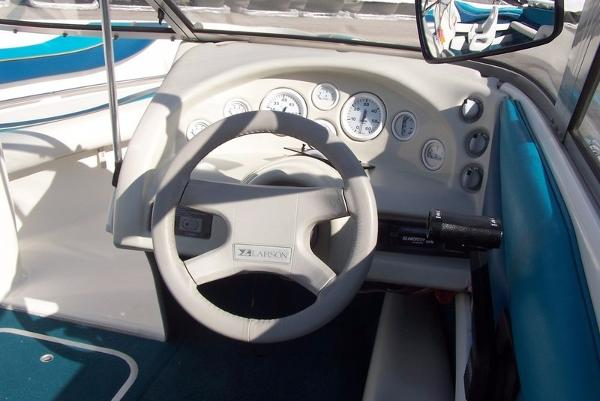 Larson 174 SEI 3.0 100kW - auto24.ee