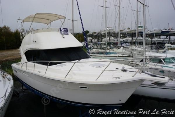 Riviera 33 RIVIERA 33 Flybridge
