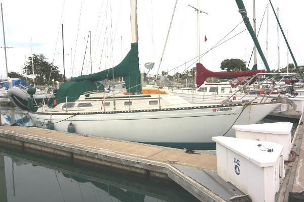 Islander 36 Sloop