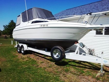 Wellcraft 260 Excel SE with Trailer Main