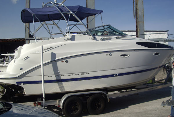 Bayliner 265 Photo 1