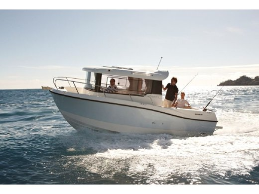 Quicksilver 675 Pilothouse KOMPLETT