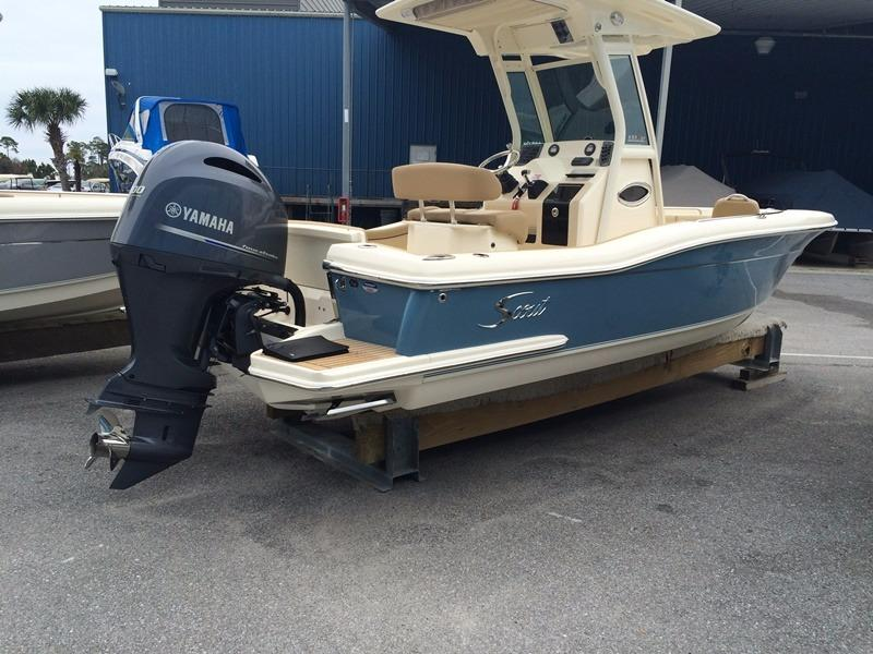 Scout Boat Company 225 XSF