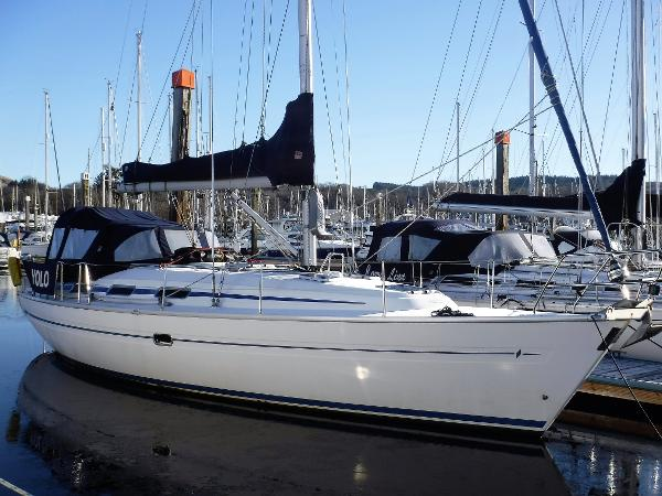 Bavaria 38 Bavaria 38 Built 2000