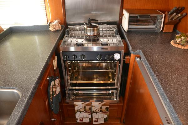 Force 10 gas stove and oven
