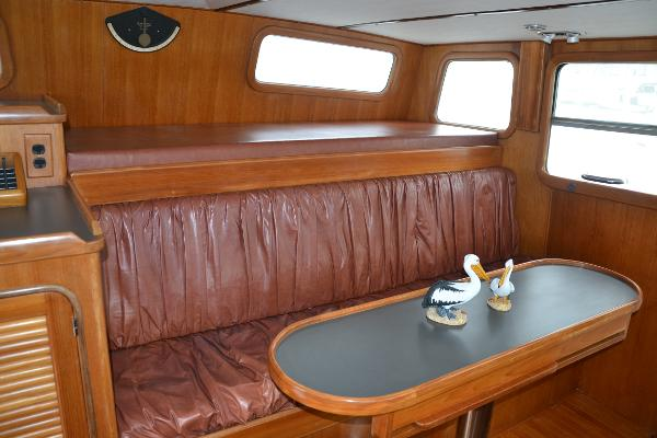 Pilothouse seating and pilot berth