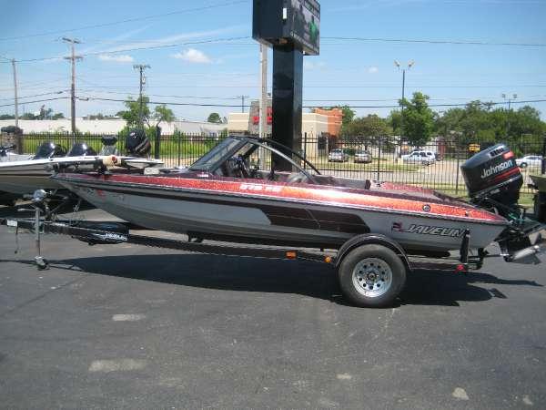 Javelin Boats 379 FS