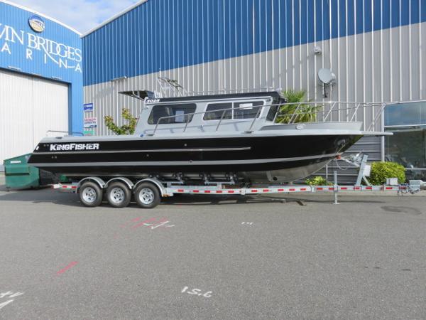 Kingfisher 3025 Offshore Destination