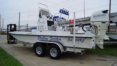 Shallow Stalker CAT-204 RC