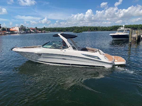 Sea Ray 300 SLX Adios Cash