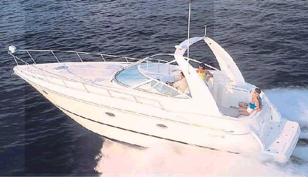 Cruisers Yachts 3672 Express Sistership