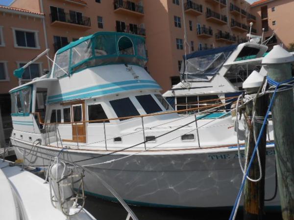 Gulfstar 44 Motor Yacht