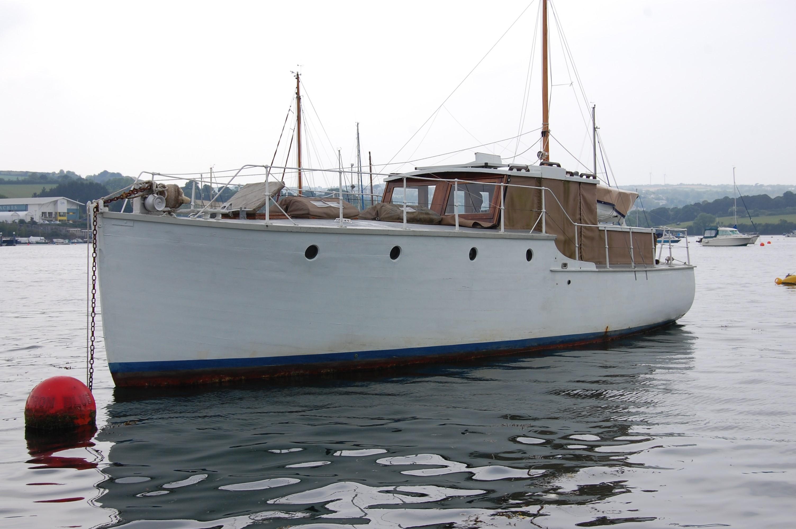 Silver Class Motor Yacht Miss Silver Silver Class Motor Yacht Miss Silver
