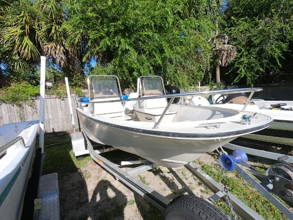 Boston Whaler 16 SL