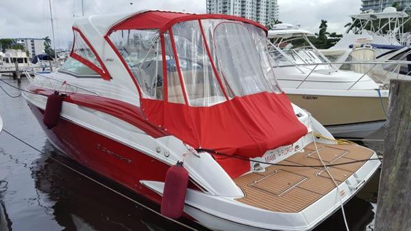 Crownline 3500 Sports Yacht