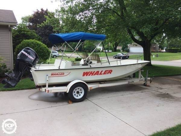 Boston Whaler Super Sport 17 1988 Boston Whaler Newport 17 for sale in Grand Rapids, MI