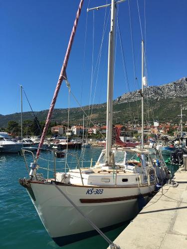Salar Buccaneer 40 Alongside, Mediterranean.