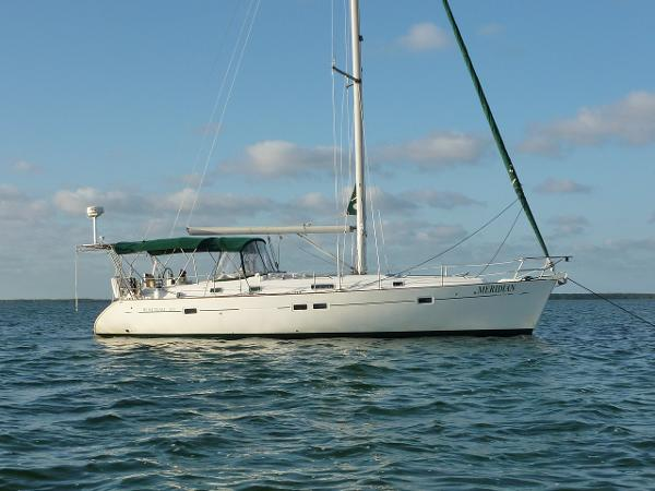 """Beneteau 411 """"Owners Version"""" At anchor"""