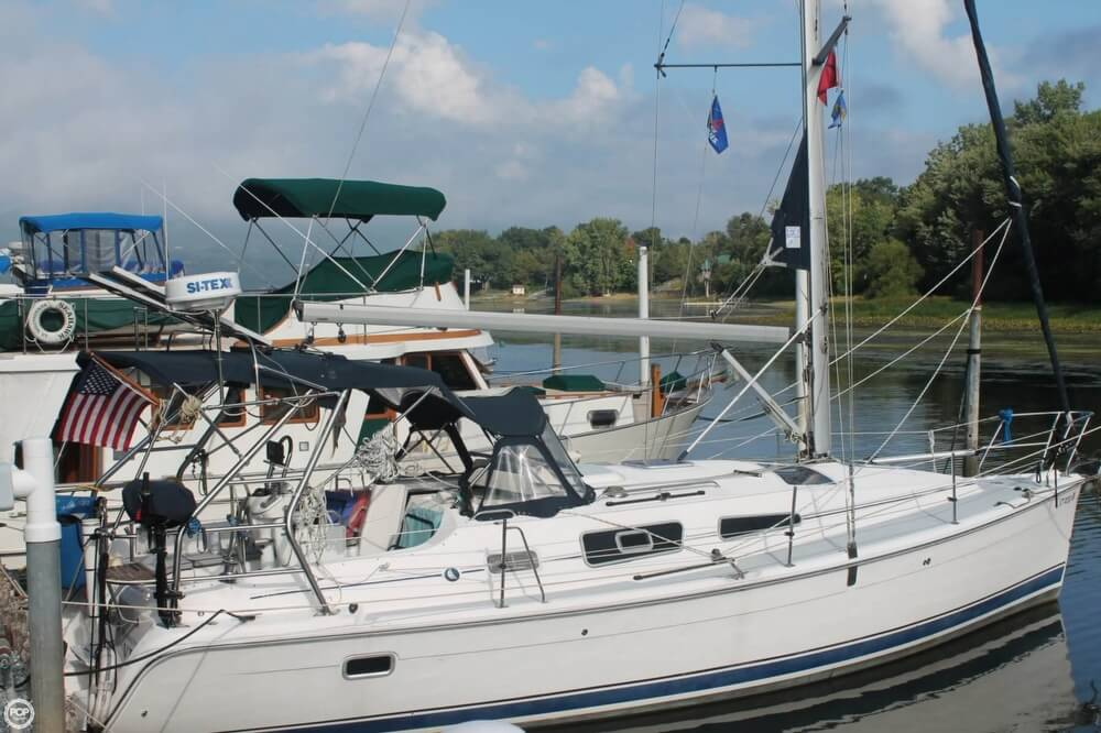 Hunter 336 2005 Hunter 336 for sale in Addison, VT