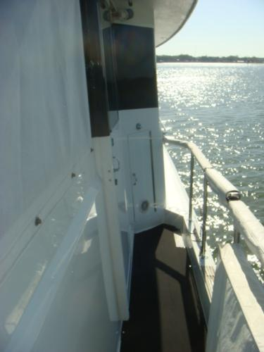 70' Hatteras Motoryacht port side deck