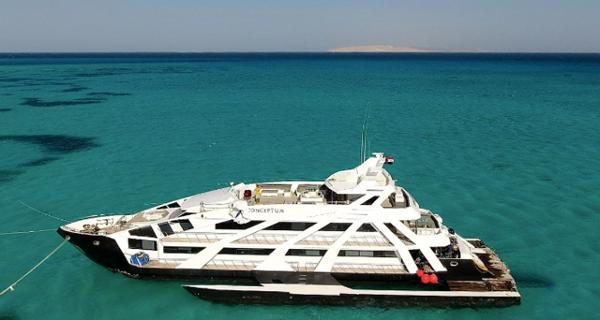 Superyacht Luxury Cruise Dive