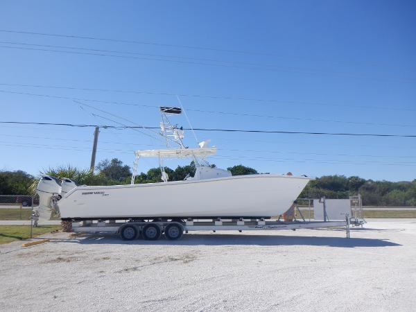 Twin Vee 36 Center Console