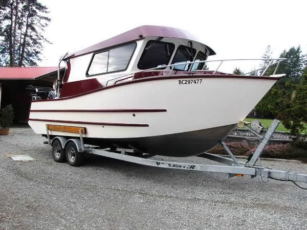 Custom Sport Fishing Cuddy Cabin