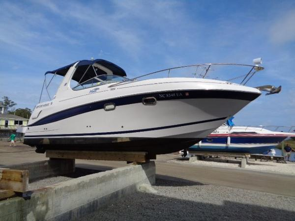 Four Winns 268 Vista Starboard profile-detailed March 2016
