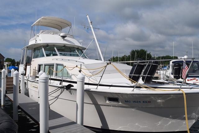 Bertram 42 Motor Yacht