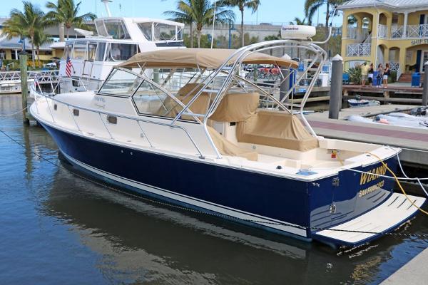 Mainship 34 Pilot Rum Runner II