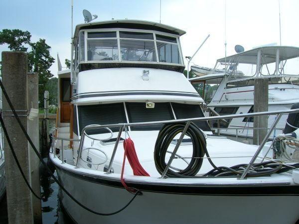 Sea Ranger 52 Cockpit