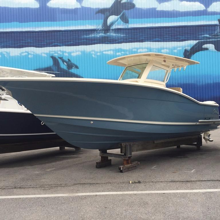 Scout Boat Company 320 LXF