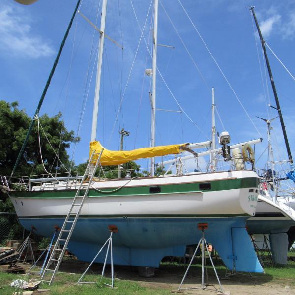 Caribbean Sailing Yachts CSY-44