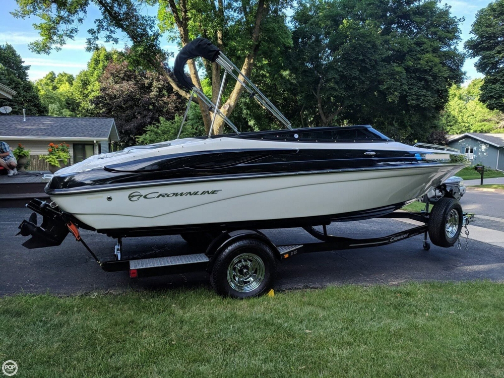Crownline 21 SS 2012 Crownline 21 SS for sale in Madison, WI