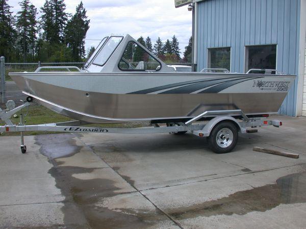 Northwest 187 COMPASS Boat exterior