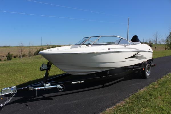 Caravelle 19 EBO with a 140hp
