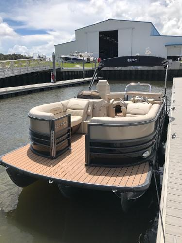 Coach Pontoons 230 RE
