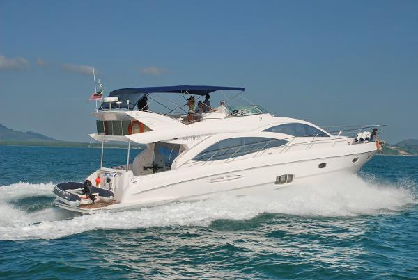 Majesty Yachts 56 Majesty 56-Profile