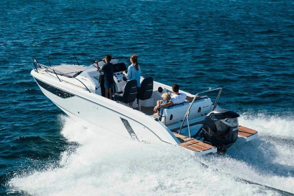 Beneteau America Flyer 8 Sundeck Manufacturer Provided Image
