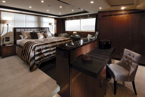 Princess M Class 32M Master Cabin