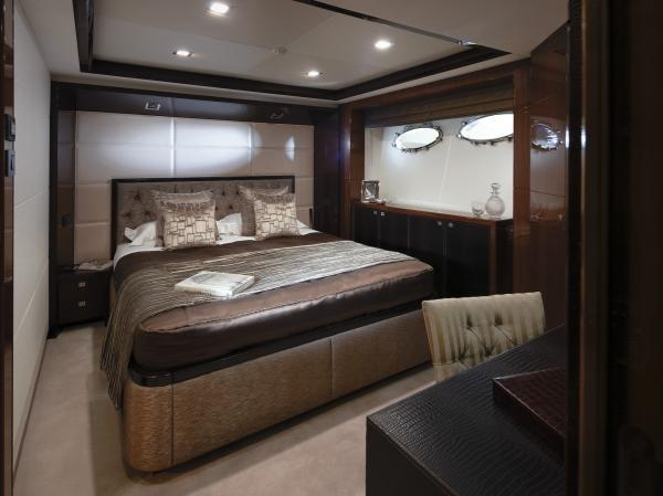 Princess M Class 32M Port Forward Guest Cabin
