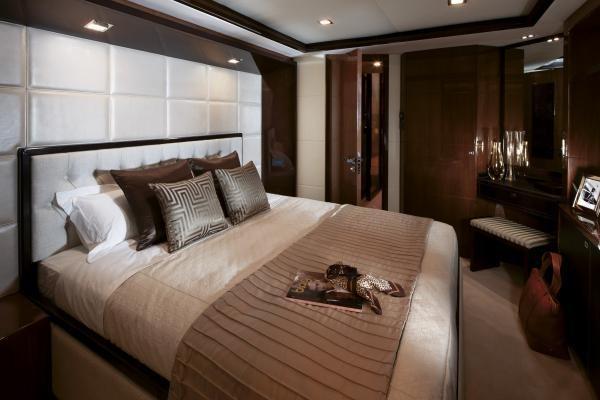 Princess M Class 32M Starboard Guest Cabin