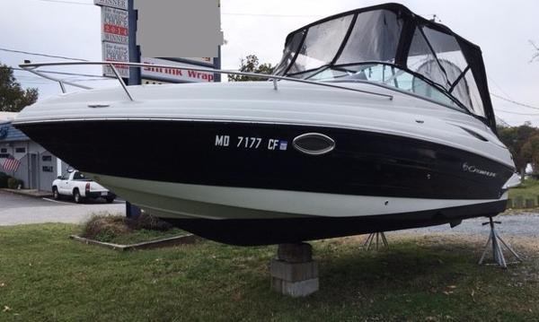 Crownline 236 SC Port Bow