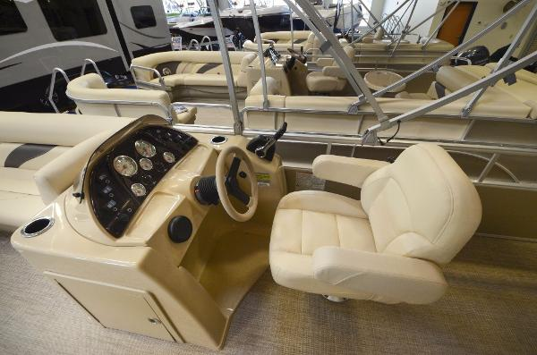 Sunchaser 8522 Cruise Classic
