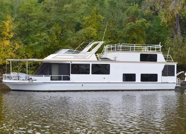 Skipperliner Houseboat
